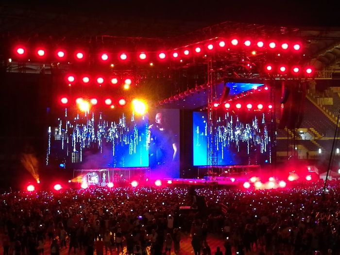 Tiziano Ferro Tour 2017 The Purist (no Edit, No Filter) Stadio Olimpico 30/Giugno/2017 Arts Culture And Entertainment Blue Capture The Moment Event Rome Italy🇮🇹 Color Photography Performance Fan - Enthusiast Live Event Stage - Performance Space Music Illuminated Performing Arts Event Light And Shadow Outdoors Popular Music Concert Night Nightlife Celebration Music Crowd Fun