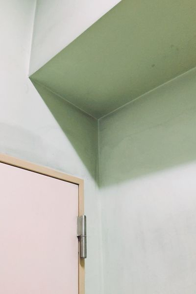 MnMl Mnmlsm Minimalism Indoors  Wall - Building Feature Built Structure Ceiling Architecture Close-up Low Angle View Corner Modern Day No People Architectural Feature Geometric Shape Electric Light Green Color Angle Architectural