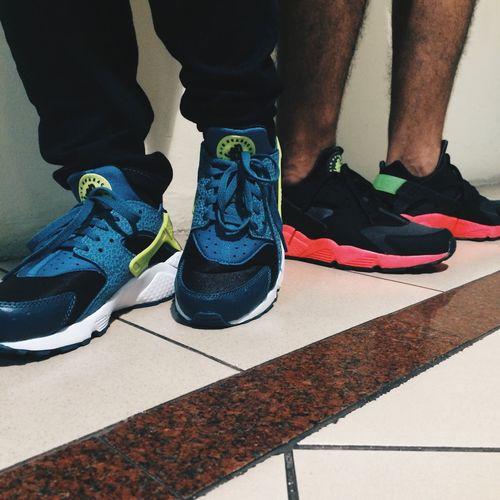 Huarache on feet Huarache Nike Huarache  Hyper Punch Team Huarache