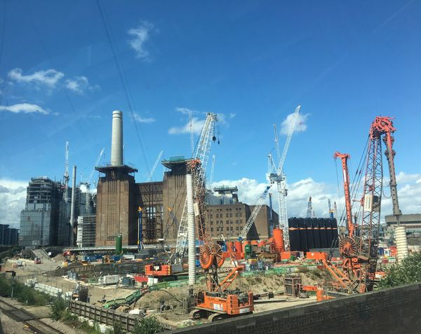 Battery Park Battersea Power Station Building Exterior Buildings & Sky Hello World View The Architect - 2017 EyeEm Awards Focus On The Story