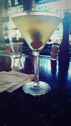 Martini. Extra dirty. Martini Extradirty Happyhour Jazznight Girlsnightout Marketcommon Drinks Drinkporn Takemeback