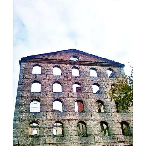 Istanbul Operabinası Eski Pencere Baltalimanı Sahil Old Building City Stunning Instacool