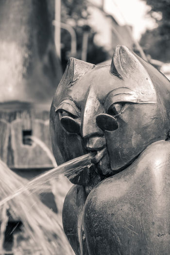 Art Artworks B&w Black Black And White Blackandwhite Bronze Bronze Statue Close-up Day Fountain Detail Kaiserbrunnen Metal No People Outdoors Owl Professor Sculpture Statue Toned Black And White University Water White