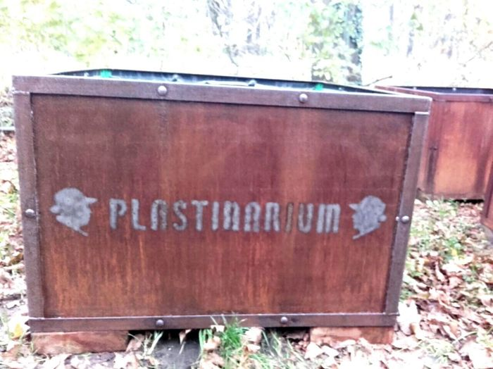 Plastinarium Text Western Script Day Outdoors No People Barrel Kiste Holz Holzkiste Guben first eyeem photo