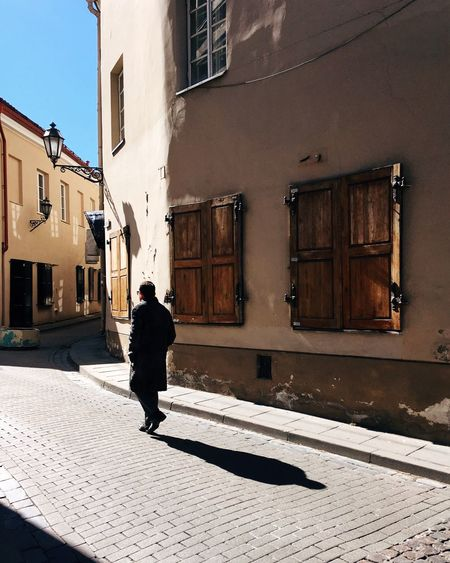 Come to light✨ Elégance Lonley Harsh Light Shadows & Lights Street Building Exterior Built Structure Architecture Shadow Sunlight Real People One Person City Street Lifestyles Full Length Leisure Activity Rear View Walking Men Streetwise Photography