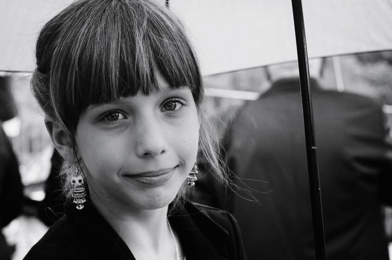 I LIKE YOUR SMILE| 😍 Headshot Portrait One Person People One Woman Only Looking At Camera One Young Woman Only Close-up Beauty Beautiful Woman Day Life EyeEm Gallery Outdoors Freshness Closeup Blackandwhite Black And White Streetphotography The Portraitist - 2017 EyeEm Awards Freedom EyeEm Selects