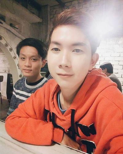 Tối lạnh đi ăn bò ... ai anh ai en nhỉ ??? 😁😁😁😁 Vietnamboy Vietnam Boy Chinaboy Asian  Selfie Beauty Boys Cool Followme Funny Happy Heart Hot Instaman Male Males  Man Me Men Great