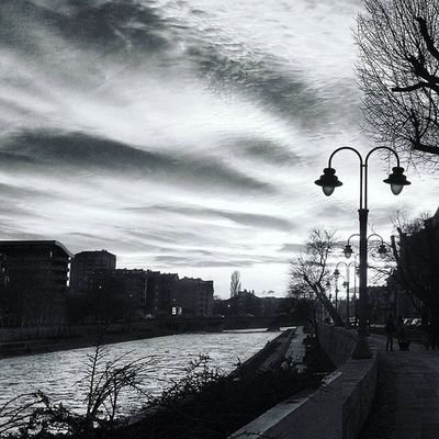 Sunset Sun Clouds Niš Serbia River Nature Lamppost Romantic Beautiful Europe City Urban Bw Blackandwhite Nexus5photography Nexus5 VSCO Vscogrid Vscocam Snapseed Srbija Landscape Bridge Evening dark black best_minimal tbt