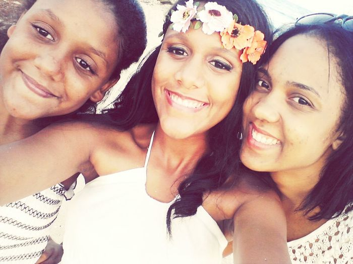 My big sisters an my lil sisters