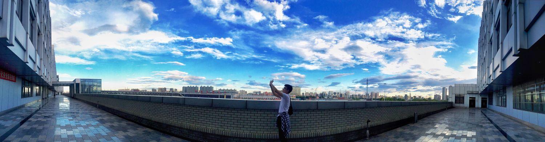 Cityscapes 蓝天 白云 仰视 渺小 对比 震撼 White Cloud The Blue Sky
