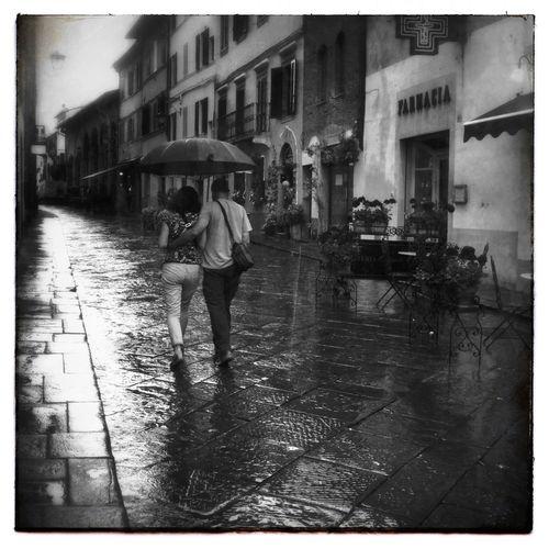 A Little Rain IPhoneography Mobileart Igerssherbrooke NEM Black&white