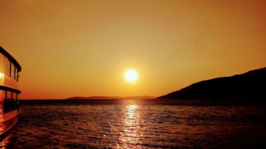Gün Batımı #thenature #sunset #sun #clouds #skylovers #skyporn #sky #beautiful #sunset #clouds And Sky #beach #sun _collection #sunst And Clouds #yellow #theSun #thesunset #günbatımı #sarırenk #sarı Water Sea Beach Nautical Vessel Sunlight Summer Sun Reflection Silhouette