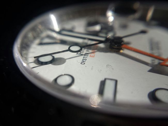 Phone Photography With Clip-on Macro Lens What Time Is It? It Is Rolex Time! Rolex Time What Time Is It? Rolex What Time Is It PhonePhotography Macro Beauty Lelystad Samsung Galaxy S4 Phone Macro Macro_collection Macro Photography Macro_perfection Samsung Galaxy S4 Phone Expensive Taste Macroclique