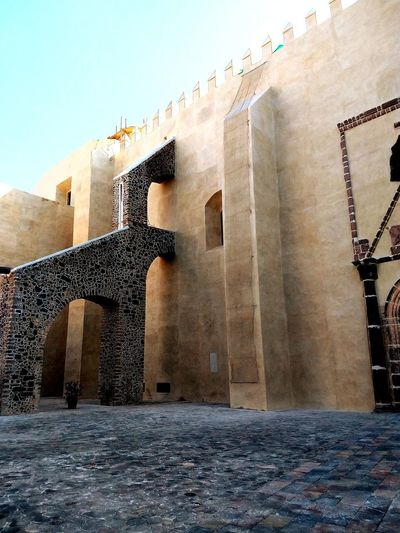 otra mirada City Ancient History Archaeology Castle Fortified Wall Ruined Deterioration Bad Condition Run-down Medieval Streetwise Photography