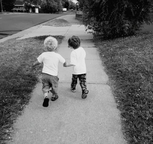 PreciousMoments Cousins ❤ Bestfriends Best Friends TroubleinmyfutureforSURE My Photography Handinhand Hand In Hand Boys Precious Moments Of Life Precious Time Black And White Childhood Children Only Happiness