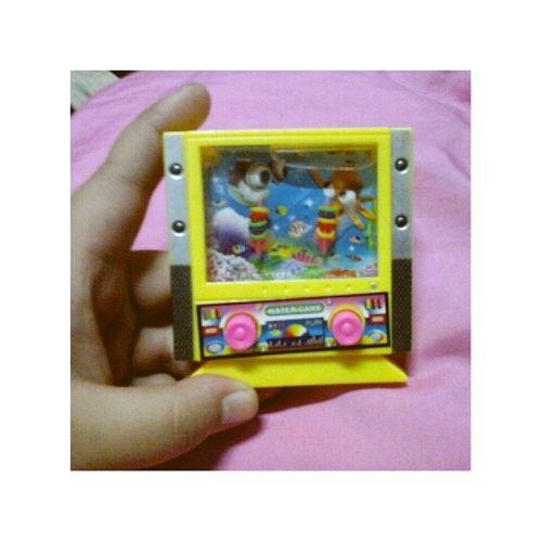 Yipeee! Na Shoot ko lahat XD Hahahaha :) *^^* Isipbata Toy Watergame ★