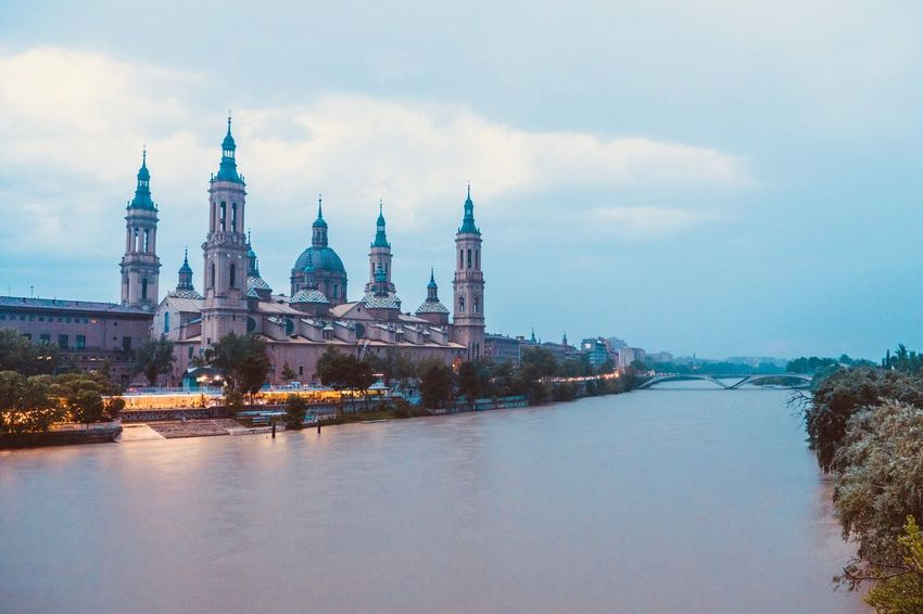 SPAIN Church Cathedral Zaragoza Aragon, Spain Aragón Aragón Sky Architecture Building Exterior Water Built Structure Cloud - Sky Travel Destinations Nature No People Tower Building Sea City Travel Day History Tourism Outdoors Spire  EyeEmNewHere The Architect - 2018 EyeEm Awards The Traveler - 2018 EyeEm Awards