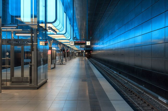 U4 EyeEm Selects Transportation Rail Transportation Mode Of Transportation Public Transportation Railroad Track Track Architecture Railroad Station Platform Train Railroad Station City Train - Vehicle Incidental People Travel Illuminated The Way Forward Direction Built Structure Diminishing Perspective Subway Train Go Higher