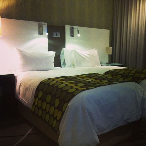 And goooood night! Even the rooms are green @hotelverde Lovecapetown Meetsouthafrica Freewifi