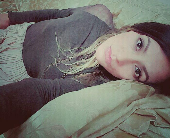 La vida no es lo que parece, es mucho mejor. 😻 That's Me! Bastet Faces Of EyeEm Selfienation Selfie Portrait ThatsMe Meow Relaxing