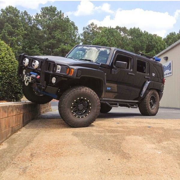 Hummer H2 Myride Taking Photos Check This Out