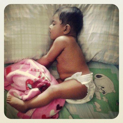 Finally. Baby Niece  Itssohot  TakingHerNap instalove instadaily