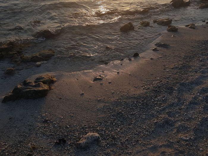 Arashi Sunset Shadow Light And Shadow Sunlight Beach Water Coastline New Life Start Lifestyles Aruba Phonography  Samsungphotography Full Frame Full Length No People Nofilter NoEditNoFilter Nature Island PhonePhotography Puurnatuur Natural Pattern