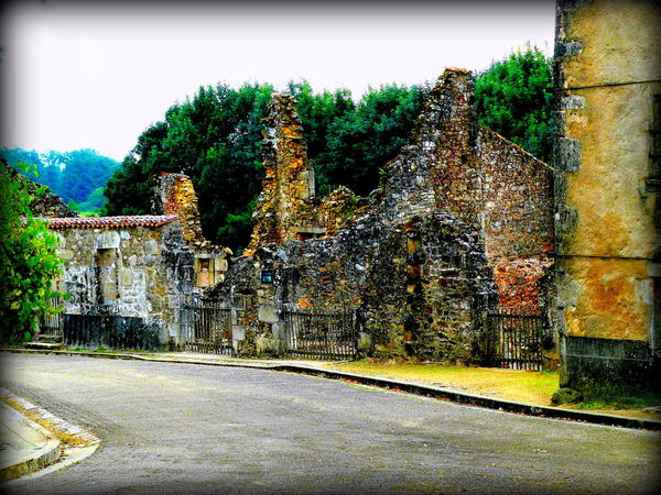 Architecture Bombed Out Building Built Structure France No People Outdoors Ruins_photography War