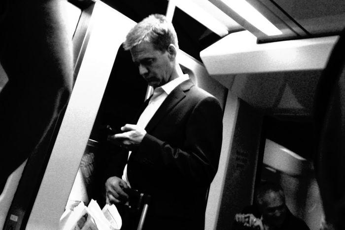Nofinder Shootfromthehip Monochrome Subway