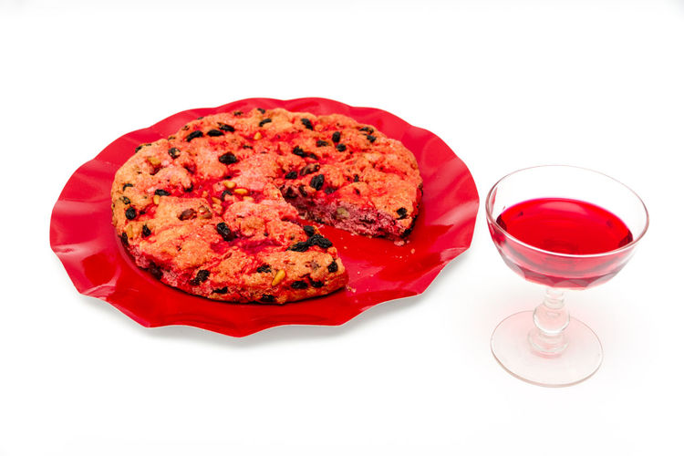 Food And Drink Food White Background Freshness Studio Shot Red Ready-to-eat Glass Still Life Indoors  Refreshment Drink Cut Out Wineglass Alcohol Serving Size No People Wine Household Equipment Pizza Red Wine Temptation Tomato Sauce Dinner