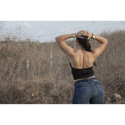Squareinstapic 5dmarkll Canon CanonMexicana Arte Musculo Espalda Woman Mujer Bella Rocafotografia