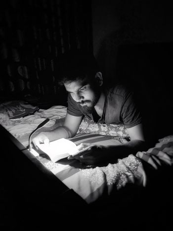 Book Lovers in the Night Black And White Book Reader Oneplus Oneplus6 Lowlight Awesomely Creative Cute Moody EyeEm EyeEmAwards Instagram Knowledge Page Library Bookshelf Literature Hardcover Book