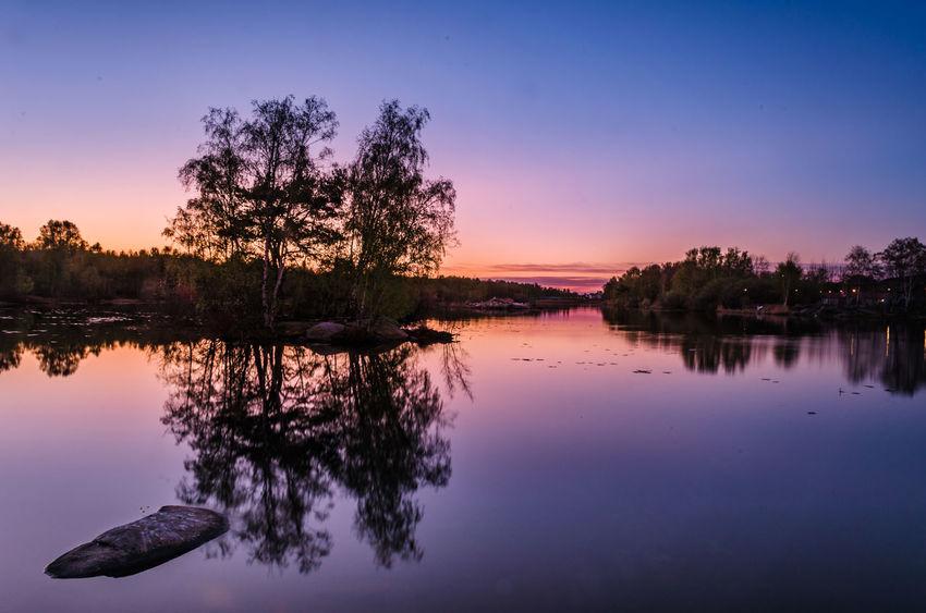Sunset at Gothenburg, Sweden. Anpaphotography AravindNarayanan Beauty In Nature Goteborg Gothenburg Lake Lake View Nikon Nikon D5100  Nikonphotography Purple Purple Sky Reflection S Silhouette Sky Sunset