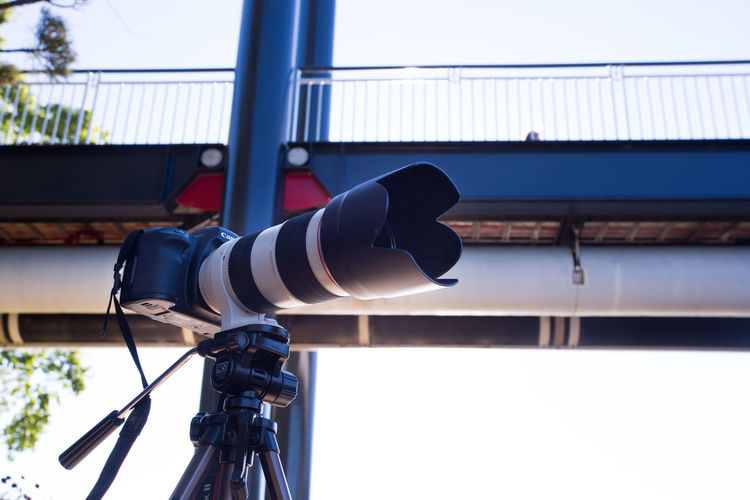 5d markiii with 70-200mm ii f2.8 L. 5d 70-200mm Architecture Bridge Camera Canon Day Equipment Light Light And Shadow Low Angle View No People Outdoors Photographer Photography Sky Tripod Window