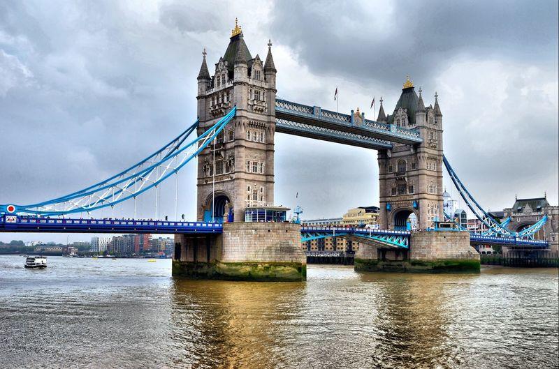 Tower Bridge, London Tower Bridge  London LONDON❤ London Lifestyle Tourism Tourist Attraction  Tourist Destination Bridge Architecture Travel Engineering Sky Water Cloud - Sky River City
