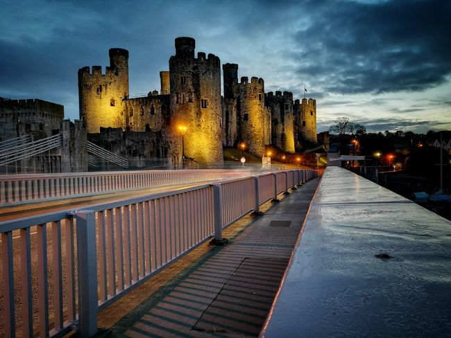 Conwy castle Sunset Night Outdoors No People Wales You Beauty Nature Conwy Leicacamera Wales UK Walesonline Huawei P9 Leica Castle Conwy, Village In North Wales Conwy Castle Conwycastle HuaweiP9 Tonalcontrast Tonal Contrast Illuminated Cloud - Sky Architecture Cold Temperature Sky Landscape Grey