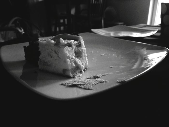 Cake Plate Lazy Saturday Black And White