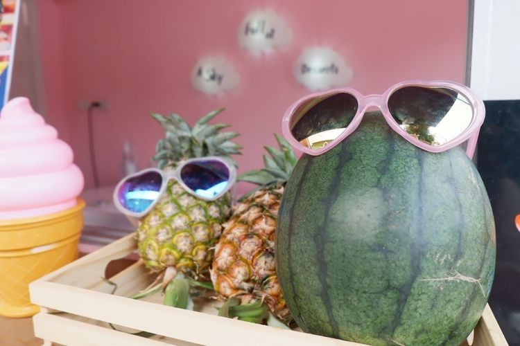 Food Food And Drink No People Still Life Healthy Eating Indoors  Glasses Table Sunglasses Container Freshness Wellbeing Fruit Close-up Focus On Foreground Vegetable Day Fashion Animal