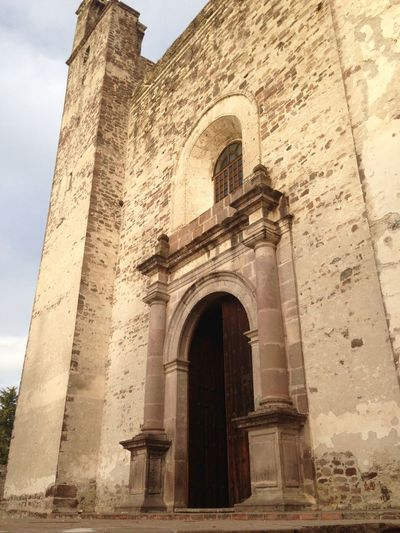 Parroquia de San Juan Praising The Lord Praying Discover Your City Visiting Museum Discovering Great Works Architecture Historical Building Church Old Buildings Taking Photos