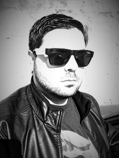 Me Boy Man Mobilephotography Blackandwhite Urban Selfportrait Selfie ✌ Portrait SPAIN Sunglasses The Portraitist - 2016 EyeEm Awards