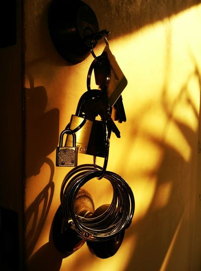 Sunset on the keys. Keys Morning Still Life Simple Keychain Door Sunlight Light And Shadows Shadows Home