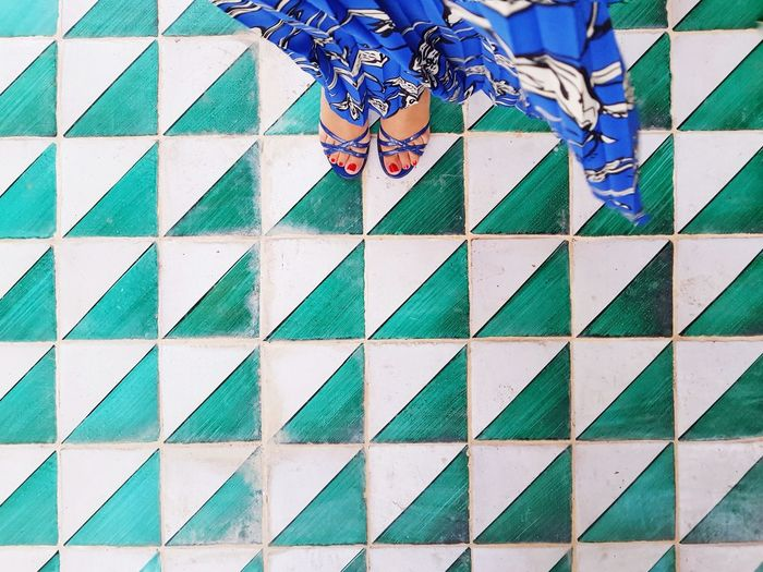 Geometries EyeEm Selects EyeEm Best Shots Week On Eyeem Geometric Shape Green Color Blue Low Section Human Leg Pattern Women Close-up Footwear Shoe Human Feet LINE Architectural Design Things That Go Together Personal Perspective Human Foot Seamless Pattern 17.62°