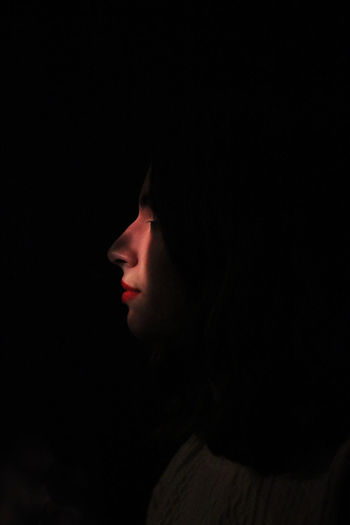 EyeEm Best Edits EyeEm Best Pics EyeEm Best Shots EyeEm Gallery Light Portrait Portrait Of A Woman Red Lips