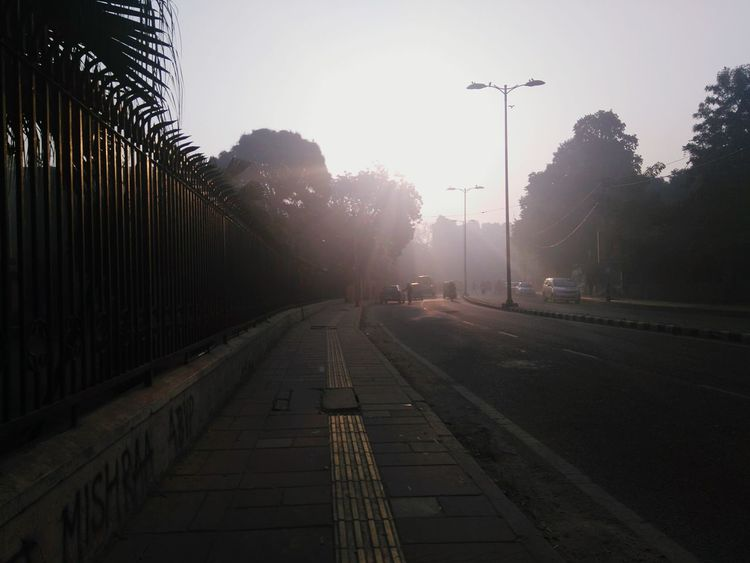 Early Morning Going The Distance On The Way To School ✌ Morning Chill Empty Streets Winters Delhi University North Campus
