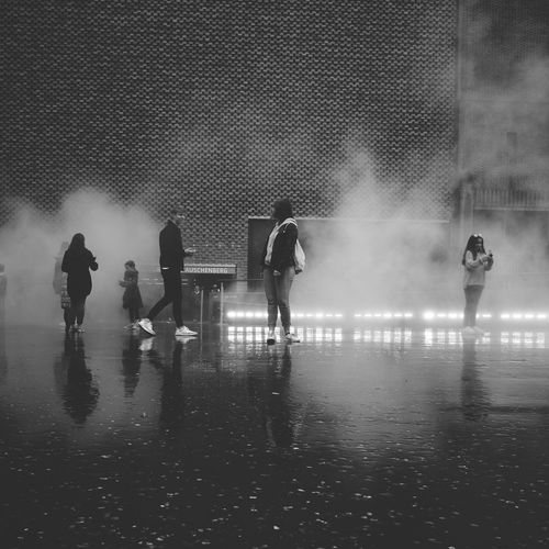 F U J I K O N A K A Y A - Fog installation at the Tate Modern in London Competitive Sport Fog Fog Sculpture Foggy Foggy Morning Lifestyles Men Night Outdoors People People Fog Foggy Fest Real People Reflection Silhouette Silhouettes Sport Sports Team Water Wet The Street Photographer - 2017 EyeEm Awards