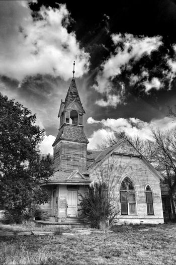 Blackandwhite Church Abandoned Eye4photography  Gonebutstanding EyeAmRuralAmerica EE_Daily: Black Sunday