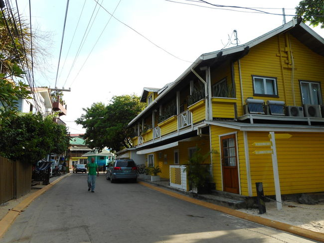 Honduras Roatan Architecture Bay Islands Building Exterior Built Structure Cable City Day No People Outdoors Road Sky Street Telephone Line Transportation
