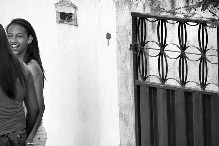 Photo Photographer Photograph Foto Fotografia Instagood Instafoto Instalike Instaphoto Instaphotography Light Luz Sombra Shadow Pretoebranco Blackandwhite Instablackandwhite Picture Portrait Instaportrait Girls Girl