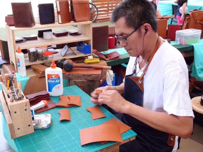 Wallet and bag maker Getty Images People Gettyimages Eyeem Philippines Taking Photos Faces Of EyeEm Handmade For You