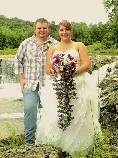 Brideandgroom Married Couple Dillonsmill Taking Photos Hello World Enjoying Life Iloveyou❤ Husbandandwife